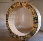 unusual-and-desirable-bookshelves-designs-circle1
